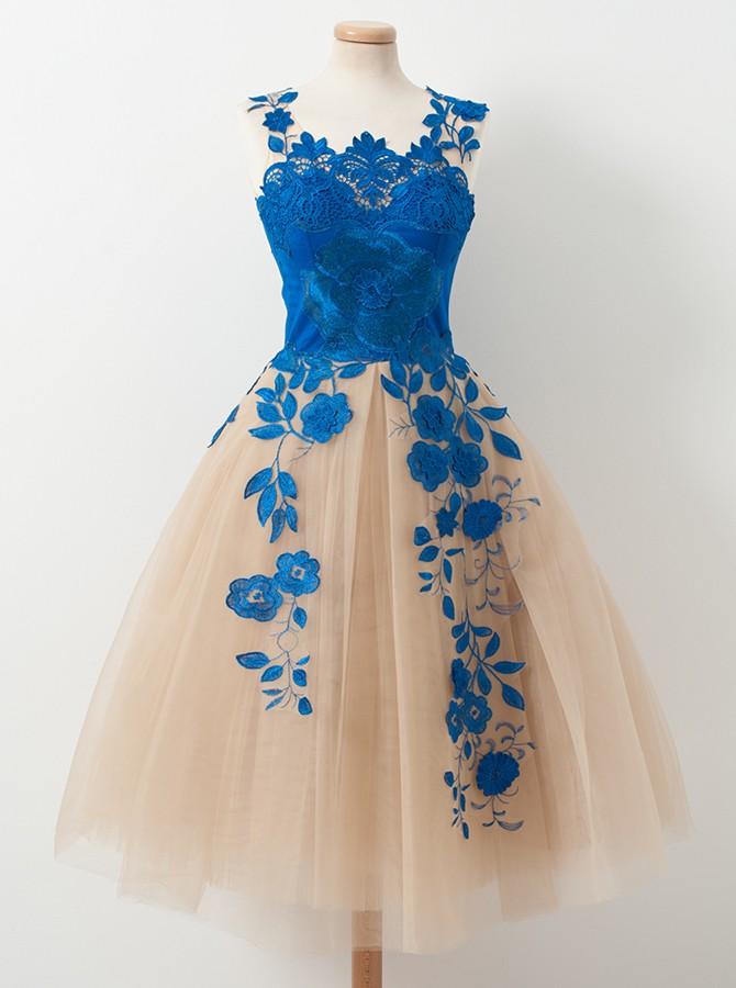 439231560e2 Elegant V-neck A-line Blue Appliques Tulle Knee Length Homecoming Dresses